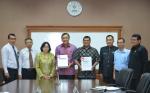 Penyerahan (LHP-LKPD) Kepala Perwakilan BPK, Ibu Muktini, kepada Bupati Pakpak Bharat, Remigo Yolando Berutu, MBA dan Ketua DPRD, Ir. Agustinus Manik.